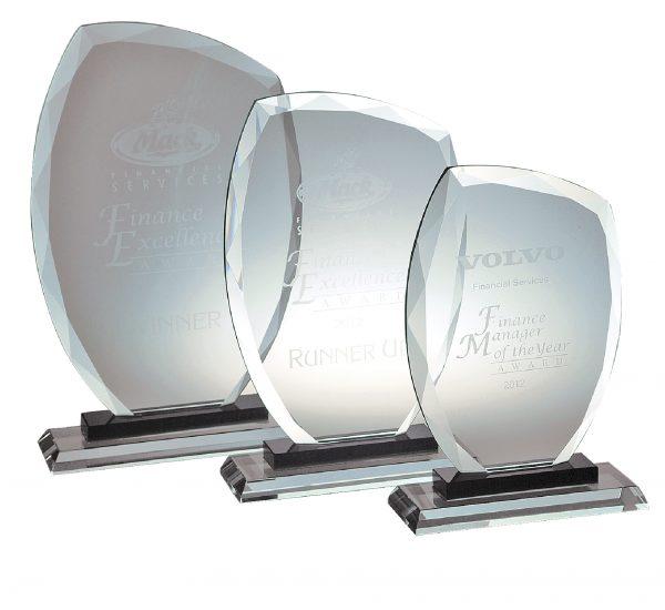 Diamond Edge Glass Award L 250X150MM