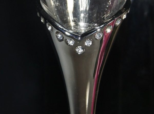 Close up of Diamantes